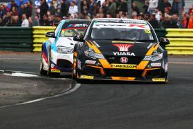 Sheddon keeps eye on prize with Croft points haul