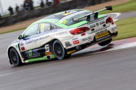 TRADE PRICE CARS BRISKY RACING'S JAKE HILL IN ATTACK MODE IN QUALIFYING AT DONINGTON PARK