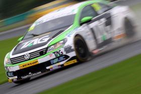 Hill strong in Snetterton BTCC qualifying