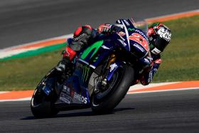 Movistar Yamaha Search for Solution on Second Day in Spain