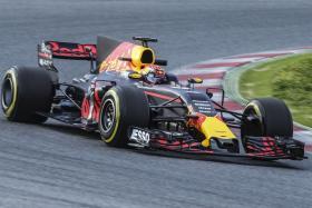 Max Verstappen unveils his new helmet design.