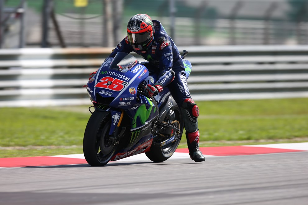 Movistar Yamaha Start to Find Form in Friday`s FP Sessions in Sepang